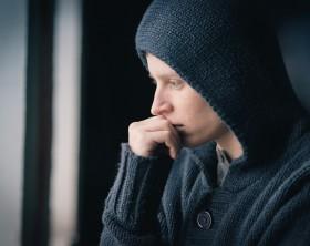 Man in depression pscoterapia psicologia compulsion a la repeticion tristeza enojo depresion tension miedo enojo psicologos en cancun